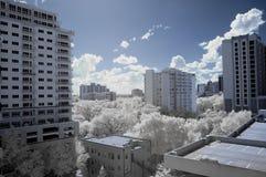 Paesaggio urbano infrarosso immagini stock libere da diritti