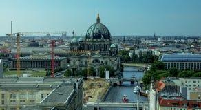 Paesaggio urbano panoramico dell'orizzonte di Berlino, Germania Immagine Stock Libera da Diritti