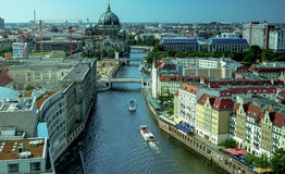 Paesaggio urbano panoramico dell'orizzonte di Berlino, Germania Immagini Stock Libere da Diritti