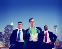 Paesaggio urbano Team Concept degli uomini d'affari del supereroe Immagini Stock Libere da Diritti