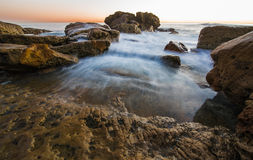 Paesaggio variopinto dell'oceano del Laguna Beach Fotografie Stock Libere da Diritti