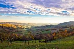 Paesaggio variopinto della valle di primo mattino Fotografia Stock Libera da Diritti
