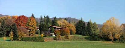 Paesaggio variopinto di autunno Immagini Stock Libere da Diritti