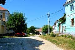 Paesaggio verde nella Transilvania Vista del villaggio Cincu Fotografia Stock Libera da Diritti