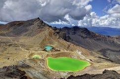 Paesaggio verde smeraldo dei laghi, parco nazionale di Tongariro Immagine Stock Libera da Diritti