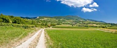 Paesaggio verde stupefacente della montagna in Croazia Immagine Stock