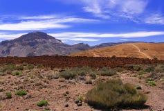 Paesaggio vulcanico vicino al vulcano Teide con il blu  Fotografia Stock