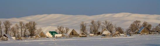 Paese nell'inverno Baschiria immagini stock libere da diritti