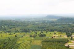 Paesino di montagna del paesaggio della valle Fotografie Stock Libere da Diritti