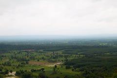 Paesino di montagna del paesaggio della valle Immagine Stock Libera da Diritti