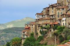 Paesino di montagna di Apricale, Liguria, Italia Fotografia Stock