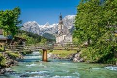 Paesino di montagna di Ramsau, terra di Berchtesgadener, Baviera, Germania Fotografia Stock Libera da Diritti