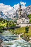 Paesino di montagna di Ramsau, terra di Berchtesgadener, Baviera, Germania Immagini Stock Libere da Diritti