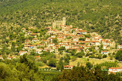 Paesino di montagna francese vicino a Prades Fotografia Stock