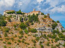 Paesino di montagna di Gourdon, Francia Fotografie Stock Libere da Diritti