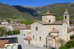 Paesino di montagna in Marche - in Italia Fotografia Stock Libera da Diritti