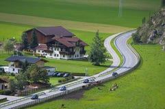 Paesino di montagna in Otztal, Tirolo, Austria Immagine Stock