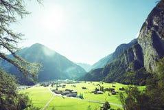 Paesino di montagna, regione di Jungfrau, Svizzera Immagini Stock