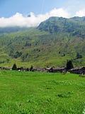 Paesino di montagna tradizionale - alpi italiane Fotografia Stock Libera da Diritti