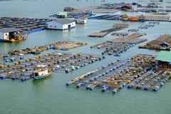 Paesino di pescatori lungo del galleggiante del figlio, figlio lungo, Hai lungo Immagine Stock Libera da Diritti