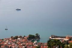 Paesino di pescatori pittoresco nei 3 mediterranei immagini stock