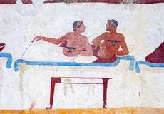 Paestum, affreschi antichi nella tomba dell'operatore subacqueo immagini stock