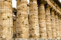 Paestum, détail du temple dorique de Neptune ou de Hera II l'Italie photo libre de droits