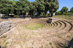 Paestum romareamfiteater Royaltyfri Fotografi