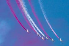 PAF K-8/Hongdu JL-8, аэробатик Sherdils объединяются в команду, Исламабад, Пакистан Стоковое Фото