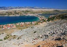 Pag-ö och by, croatia, adriatic hav royaltyfri bild