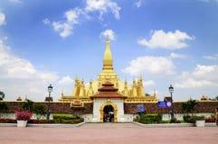 Pagada de oro en Pha-Que templo de Luang Imagen de archivo