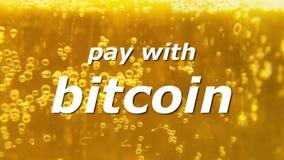 Pagamento da cerveja de Bitcoin com 3 video estoque