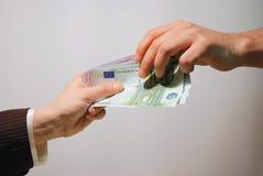 Pagamento em dinheiro Fotos de Stock Royalty Free