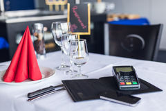 Pagamento mobile Tempo per uso tutto il cellulare a anykind del pagamento Li Fotografia Stock Libera da Diritti