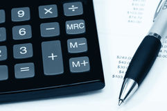 Pagamentos calculadores Fotografia de Stock Royalty Free
