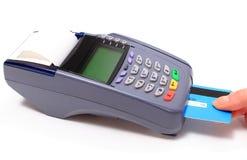 Pagando com cartão de crédito, conceito da finança foto de stock royalty free