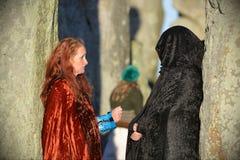 Pagans markerar Autumn Equinox på Stonehenge Royaltyfri Fotografi