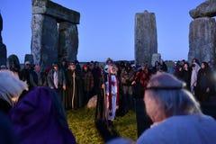 Pagans markerar Autumn Equinox på Stonehenge Arkivbilder