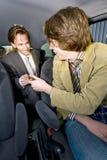 Pagar el Cabbie Fotos de archivo
