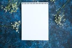 Page blanc vide de carnet Photo stock