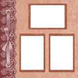 Page pour la photo trois avec un lacet. Image libre de droits