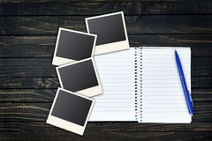 Page vide et photos instantanées Images stock