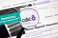 Page Web de la banque canadienne CDIC photos stock