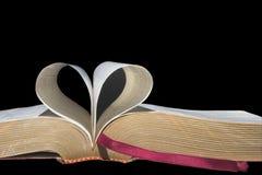 Pages de livre dans la forme de coeur Images libres de droits