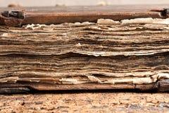 Pages sales de vieux livre Photo libre de droits