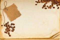 Pagina, caffè e cartone del vecchio libro Immagine Stock Libera da Diritti