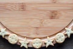 Pagina con i biscotti salati Fotografia Stock Libera da Diritti
