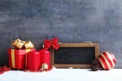 Pagina con il contenitore e le candele di regalo Immagine Stock Libera da Diritti