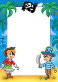 Pagina con il ragazzo e la ragazza del pirata illustrazione vettoriale