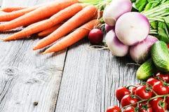 Pagina con le verdure organiche fresche Immagini Stock Libere da Diritti